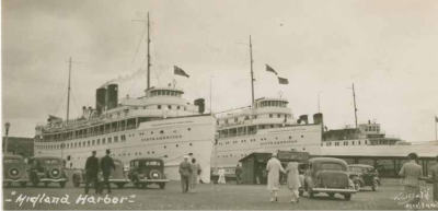 1930's Midland Harbour