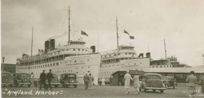 PassengerSteamships Midland harbour_1930s